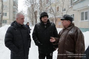 7 февраля Губернатор посетил дом №5 по улице 12 Сентября в Железнодорожном районе Ульяновска и оценил результаты работ по капитальному ремонту фасада и обновлению лестничных клеток.