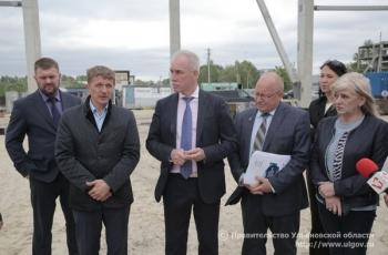 Губернатор Сергей Морозов осмотрел объекты спортивной инфраструктуры